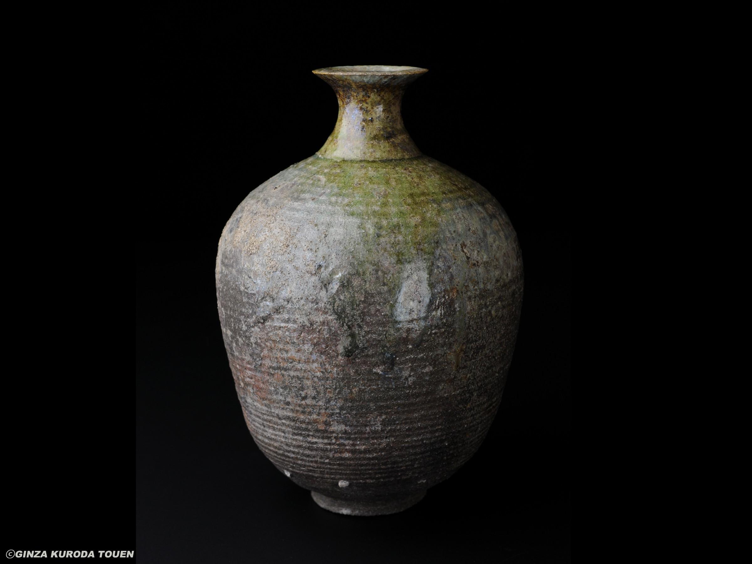 Shoji Kamoda: Flower vase, Ash glaze type