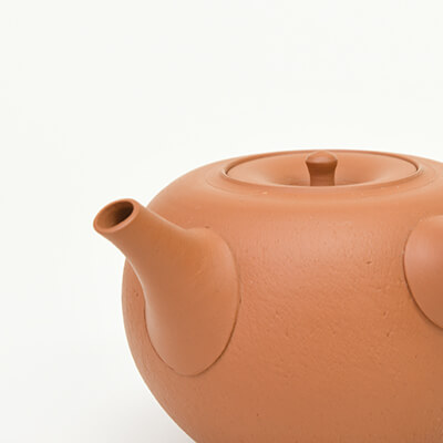 Tea pots from Tokoname
